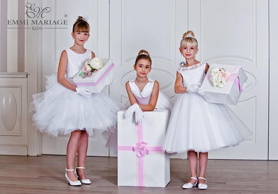 3ac921524f Alby czy różne sukienki komunijne  - ModowoStylowo.pl - trendy ...