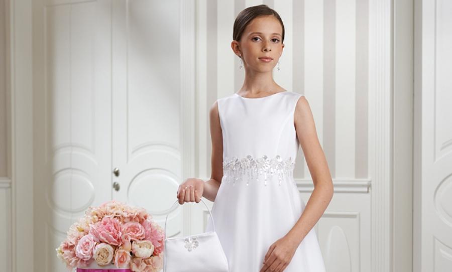 b3bb78540a Sukienki komunijne - skromnie czy