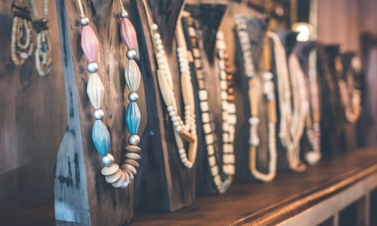 52d9782e7c65 Trendy modowe - biżuteria - ModowoStylowo.pl - trendy modowe ...